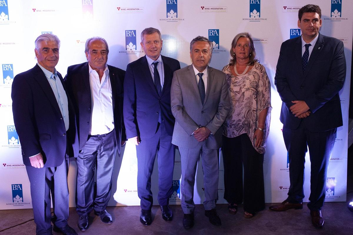 Angel Vespa, Walter Bressia, Emilio Monzó, Alfredo Cornejo, Patricia Ortiz y Martín Kerchner