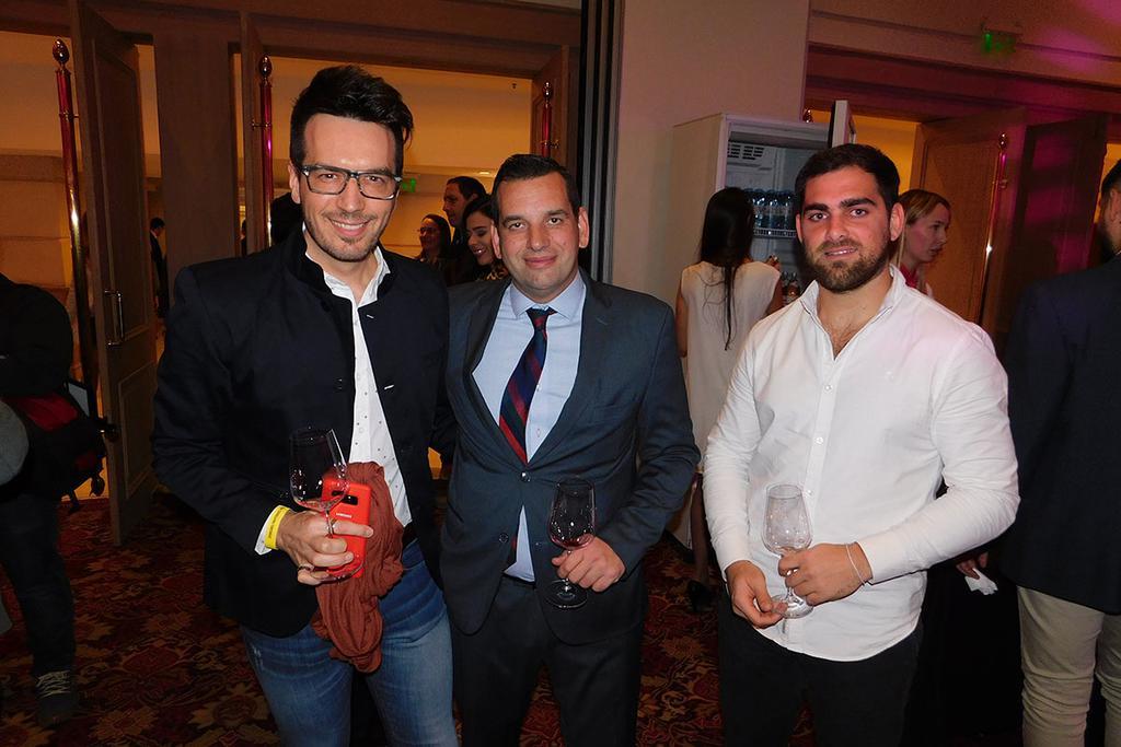 Ale Ortega, Santiago Alsina y Agustín D'Alfonso.