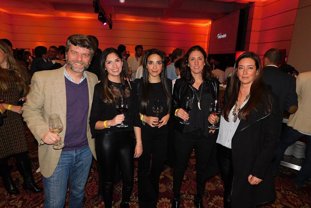 Diego Menniti, Noelia Pérez, Antonella Lemoli, Florencia Suárez Apatye y María Sol Rico